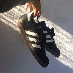 Adidas zapatos Obo sambas poshmark